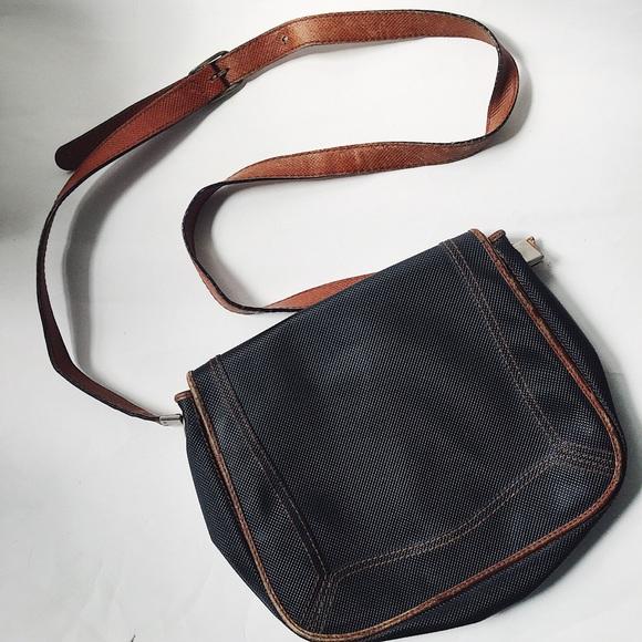 2bfbd4acac73 Bottega Veneta Handbags - Vintage Bottega Veneta Crossbody Bag